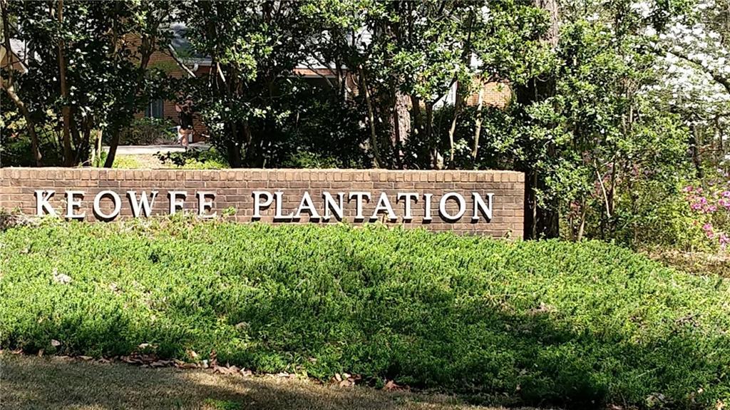 8 Keowee Plantation Drive Seneca, SC 29672