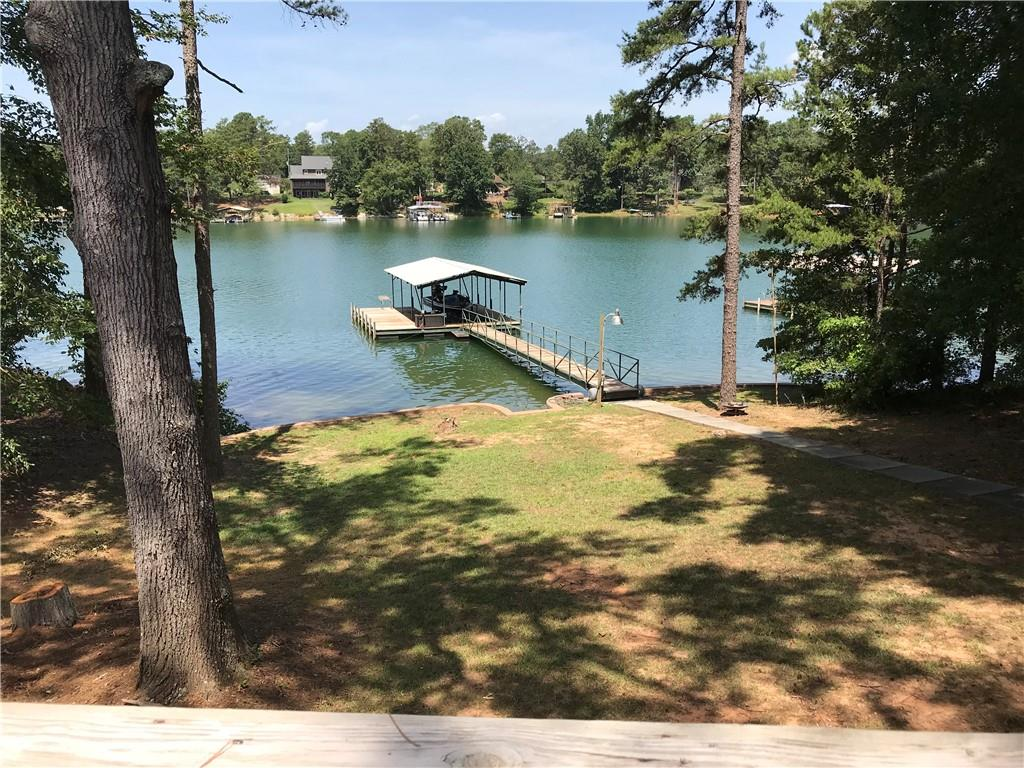 1132 W Clearwater Shores Road Fairplay, SC 29643