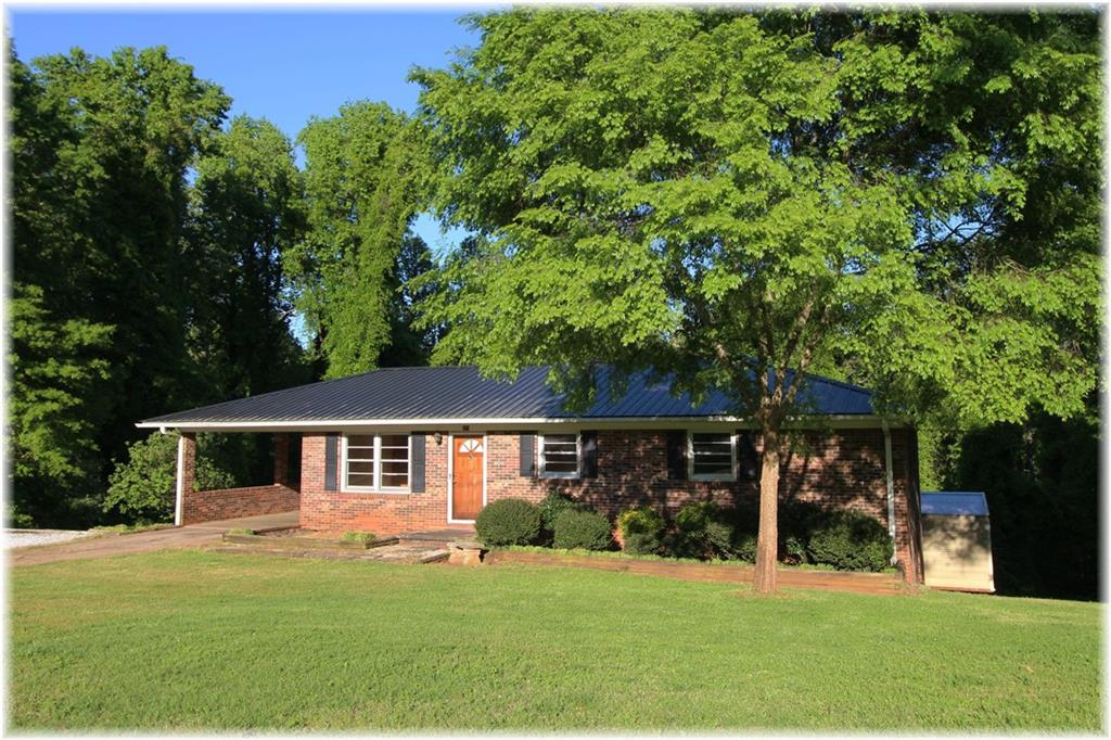 309 Forest Acres Circle Walhalla, SC 29691