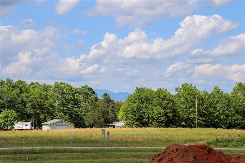 2 Five View Lane West Union, SC 29696