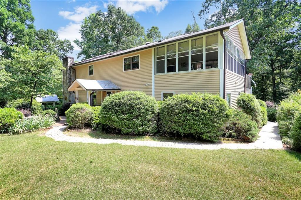 606 Chickasaw Drive Westminster, SC 29693