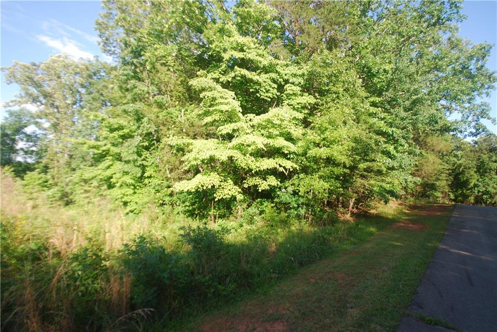 4 Mooring Line Drive Seneca, SC 29672