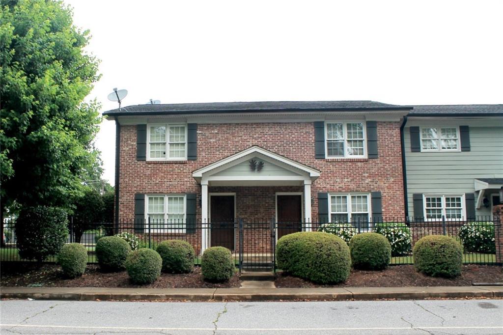 209 Calhoun Street #202 Clemson, SC 29631