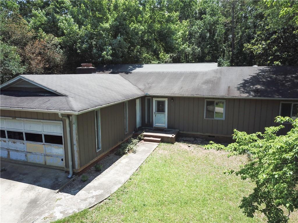 1512 Cherokee Drive Seneca, SC 29672