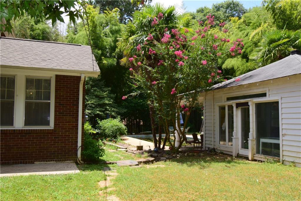 2207 Edgewood Avenue Anderson, SC 29625