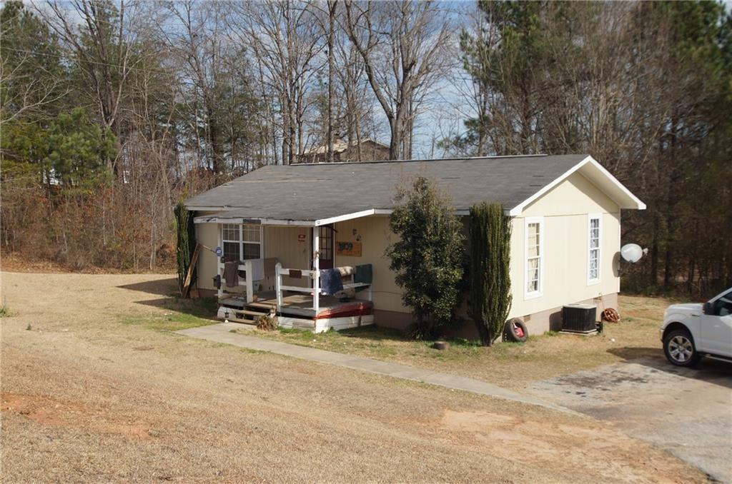 1809 Coffee Road Westminster, SC 29693