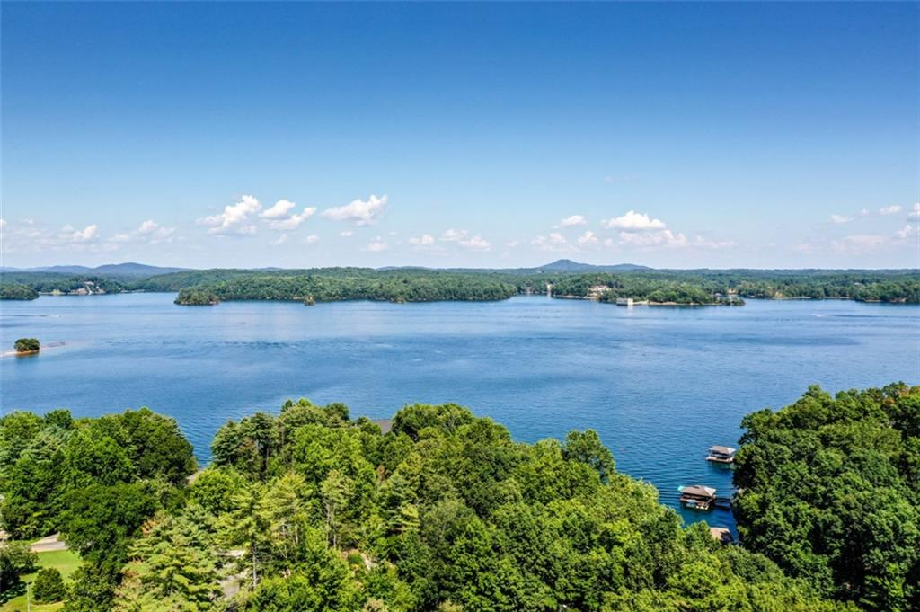 31 Keowee Harbours Salem, SC 29676