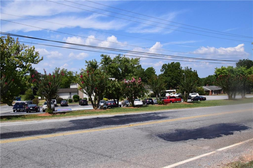 212 Brown Road Anderson, SC 29621