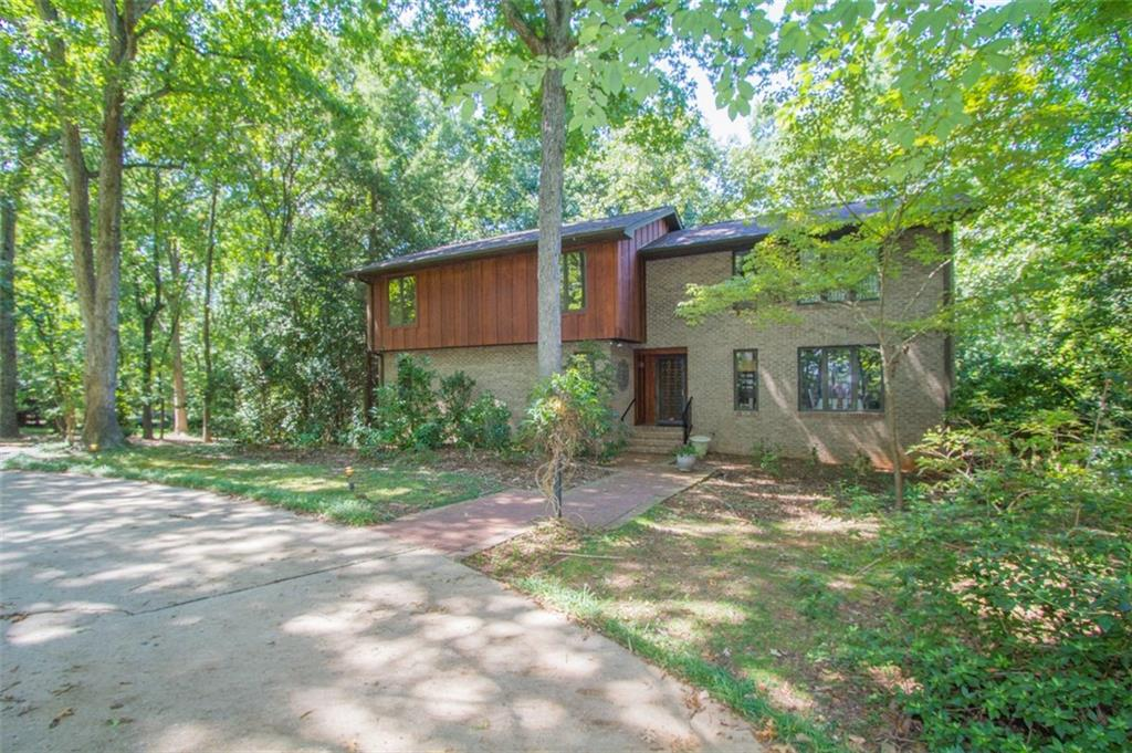 3009 Barefoot Trail Anderson, SC 29621