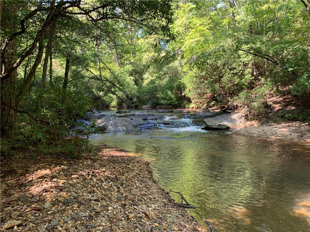 125 Ole Mill Shoals Central, SC 29630