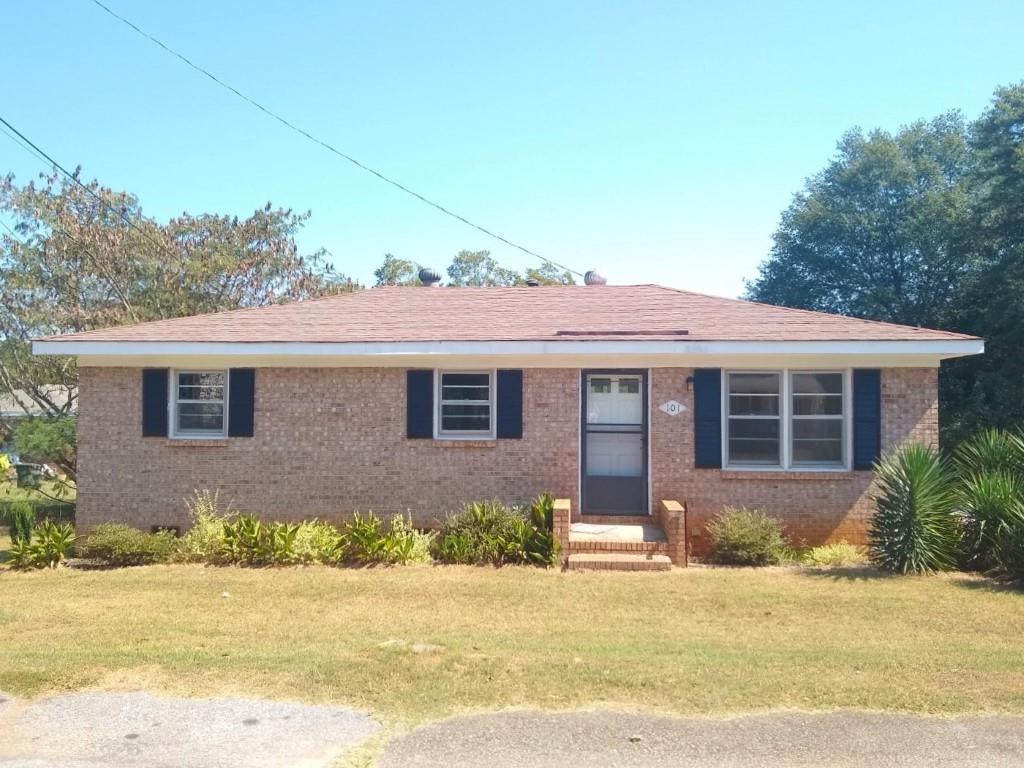 101 Coleman Street Seneca, SC 29678