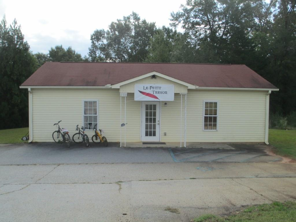 318 Highway West Union, SC 29696