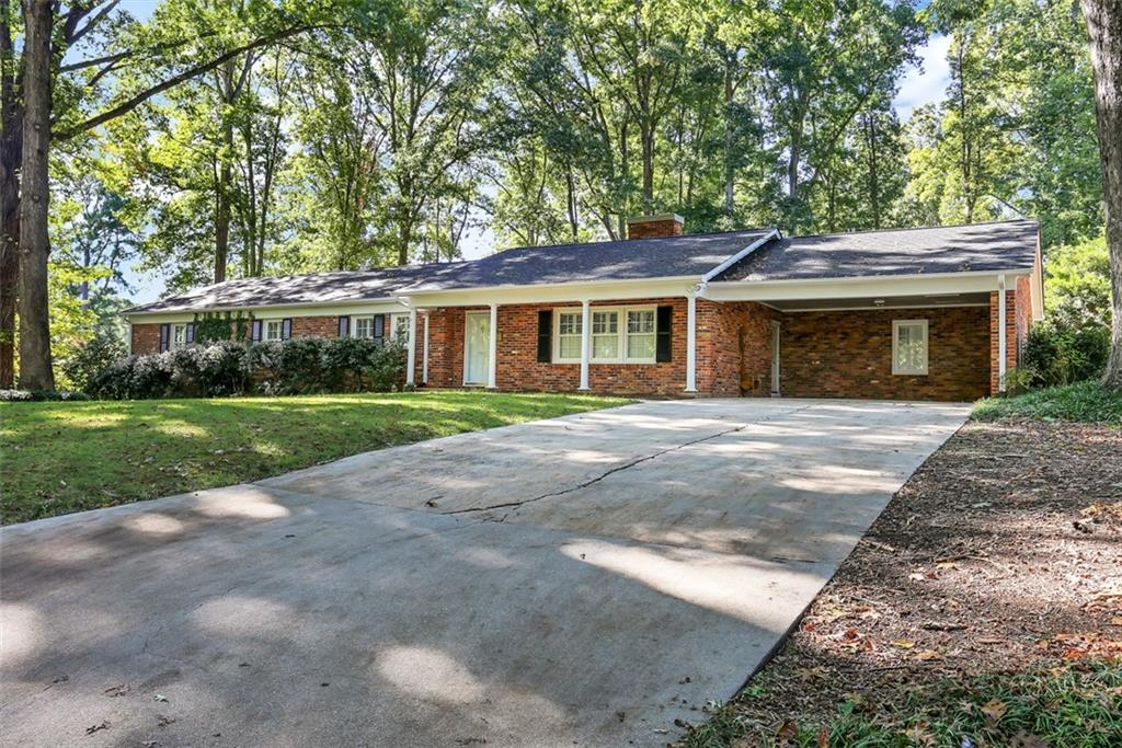 803 Woodfield Drive Anderson, SC 29621
