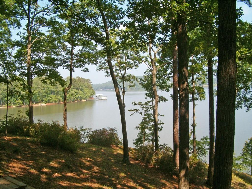 398 Two Rivers Drive Westminster, SC 29693