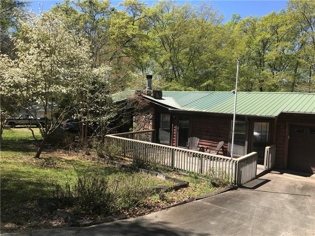 437 Central Brown Bottom Road Central, SC 29630