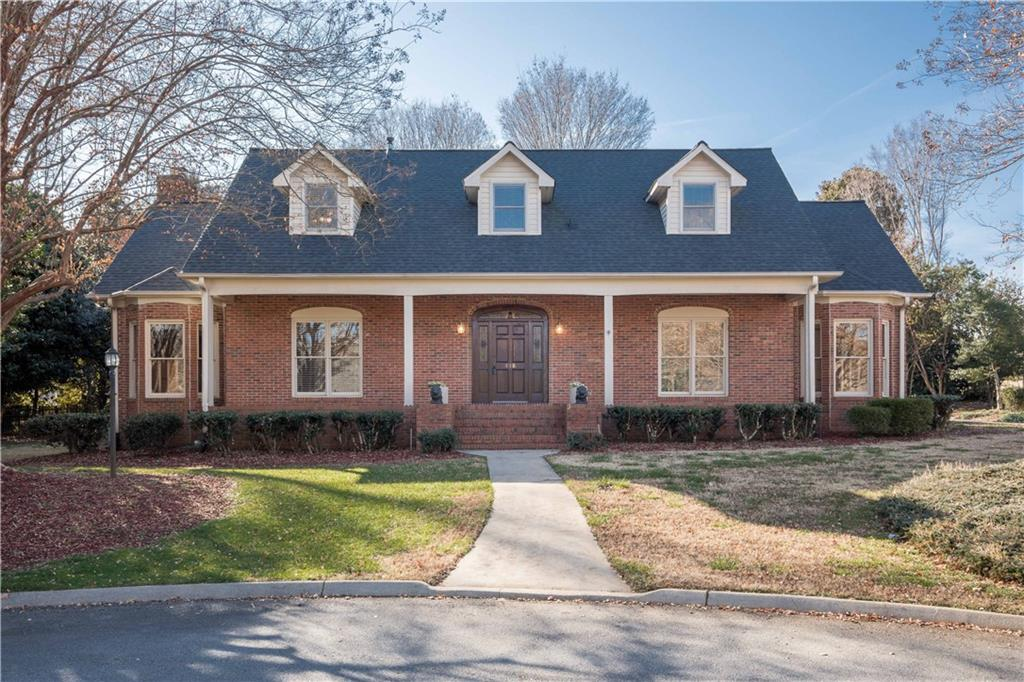 418 Inverness Way Easley, SC 29642