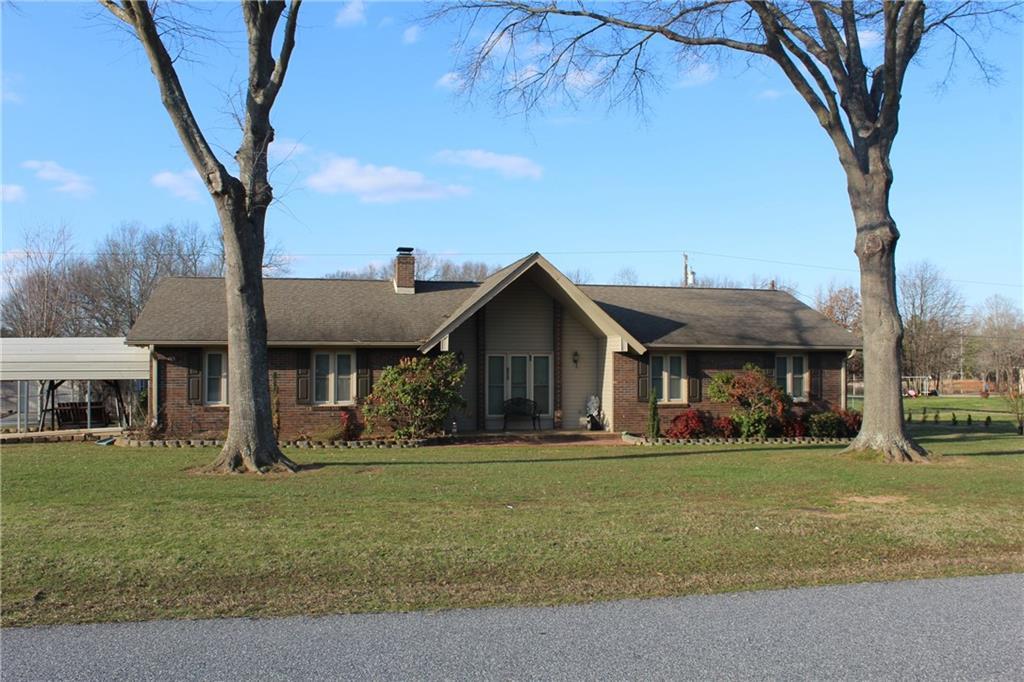105 Tanglewood Road Belton, SC 29627