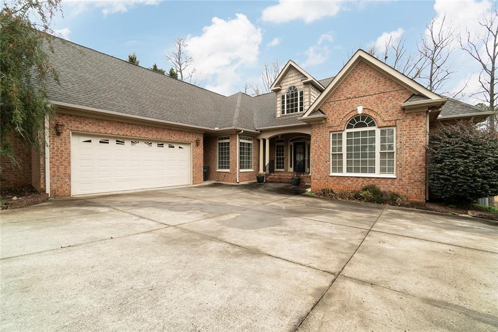 4405 Smoak Pond Road Seneca, SC 29678