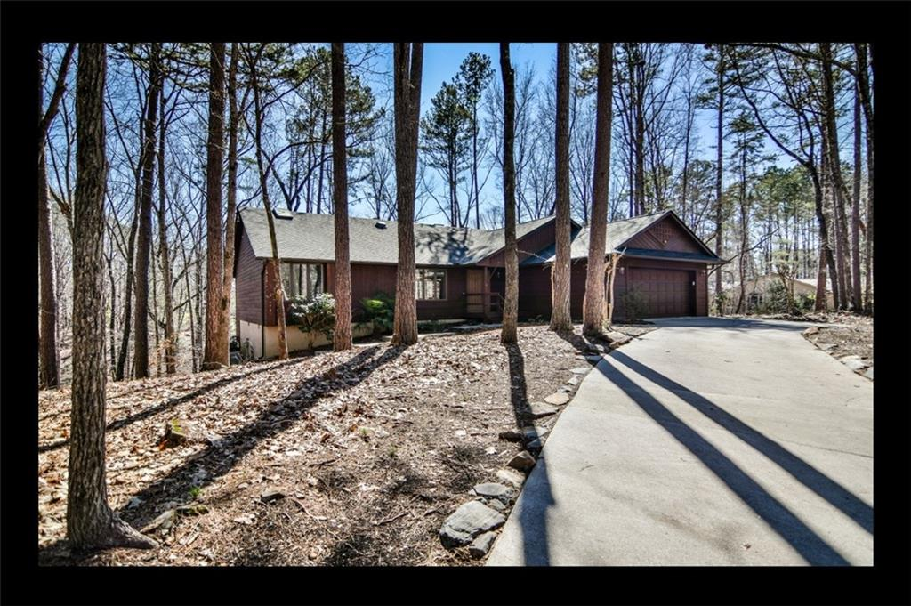 27 Commodore Drive Salem, SC 29676