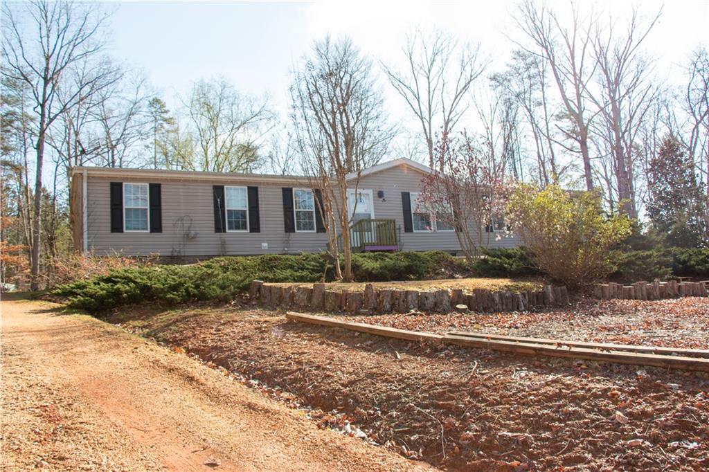 119 Sweetbriar Trail Westminster, SC 29693