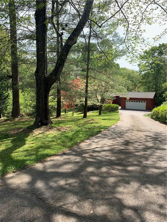 1627 Six Mile Highway Central, SC 29630