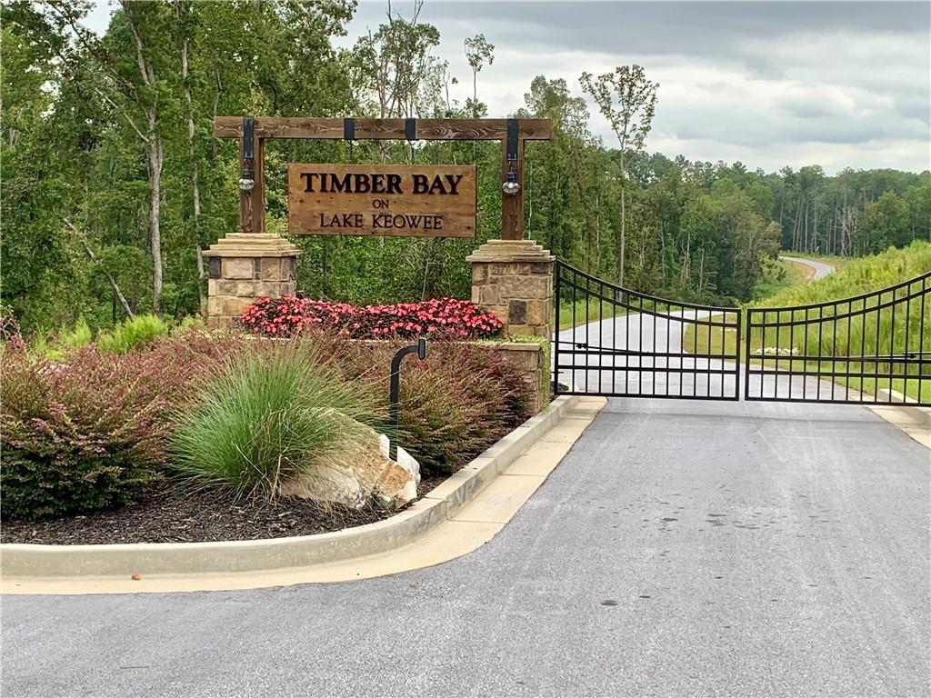 2 Timber Bay Lane Seneca, SC 29672