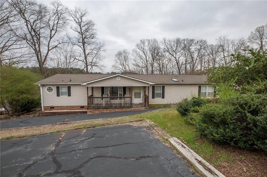 113 Point Drive Townville, SC 29689