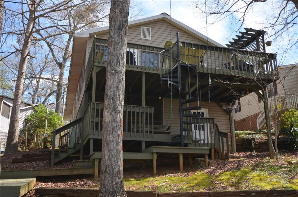 439 Lakewood Drive Townville, SC 29689