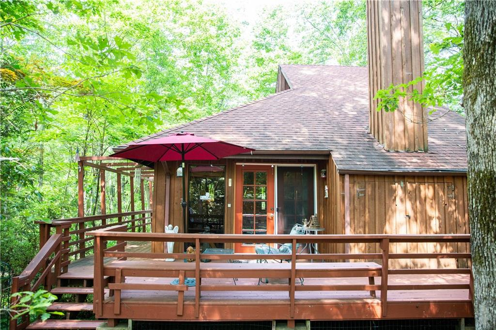 145 Old Turnpike Road Mountain Rest, SC 29664
