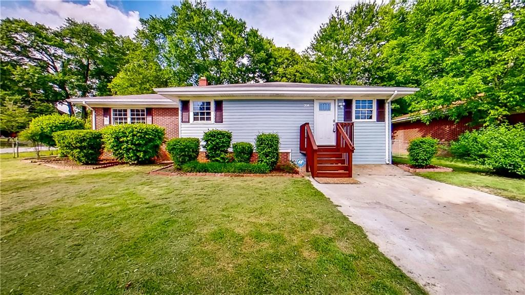 208 North Avenue Westminster, SC 29693
