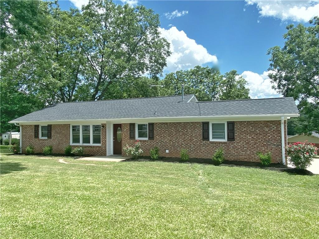 203 Due West Circle Easley, SC 29640