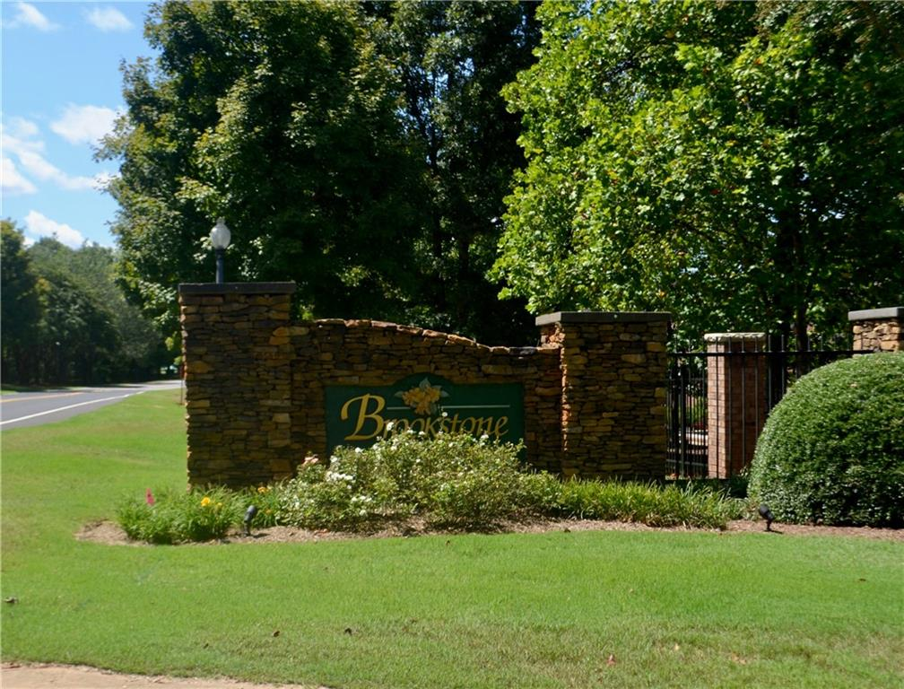 114 Courtyard Drive Anderson, SC 29621