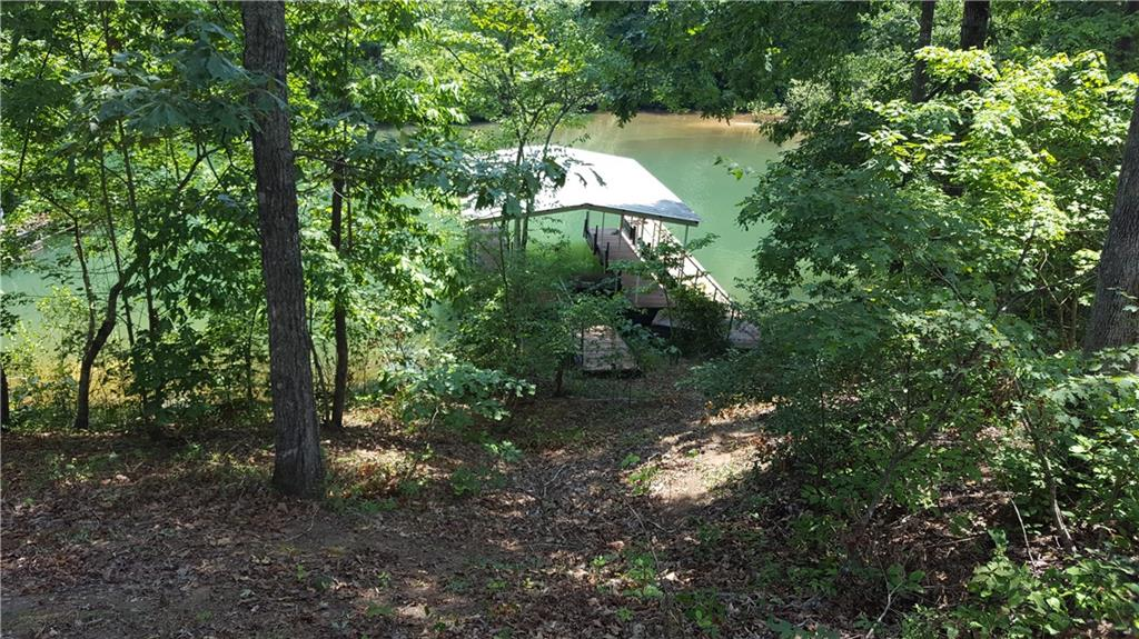 172 Sweetwater View Road UNIT w/covered dock Seneca, SC 29672