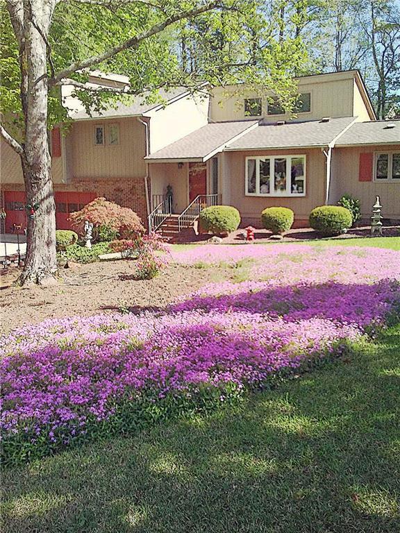 204 Hillandale Road Seneca, SC 29672