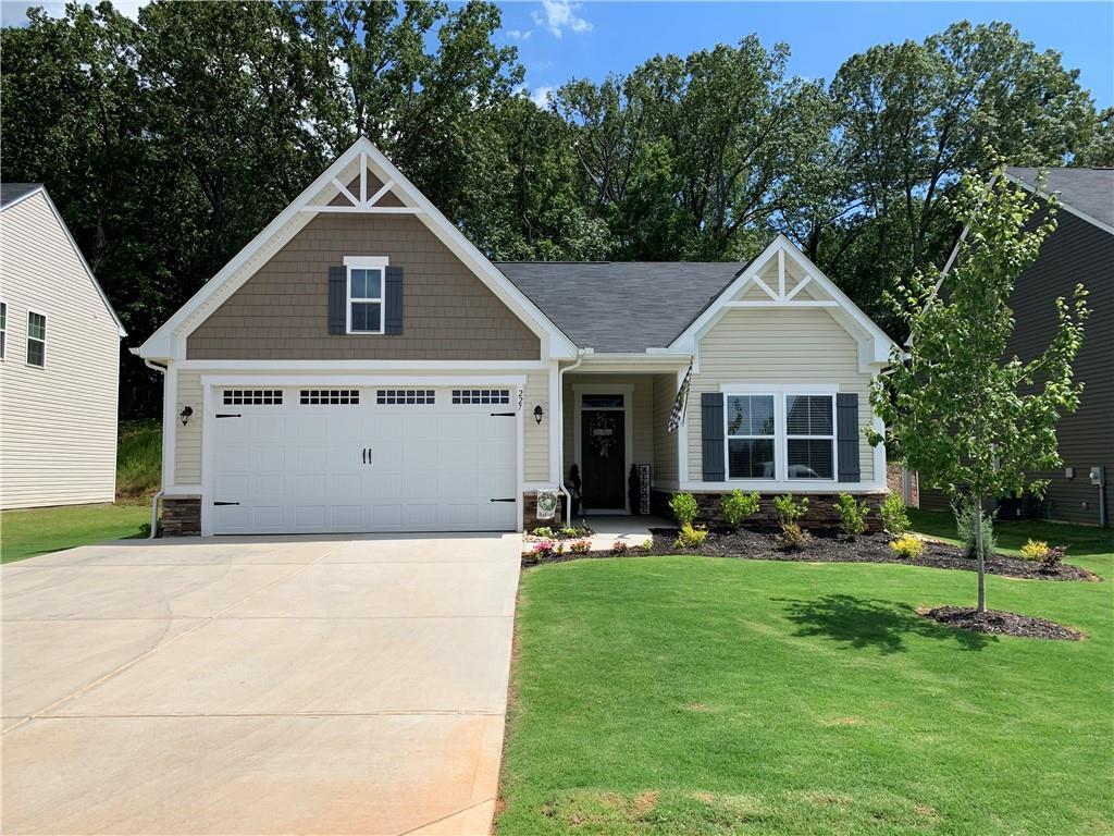 227 Thames Valley Drive Easley, SC 29642