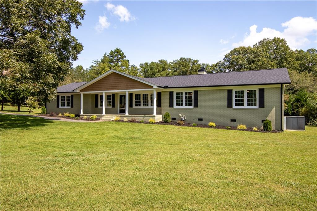 406 Pace Valley Road Easley, SC 29640