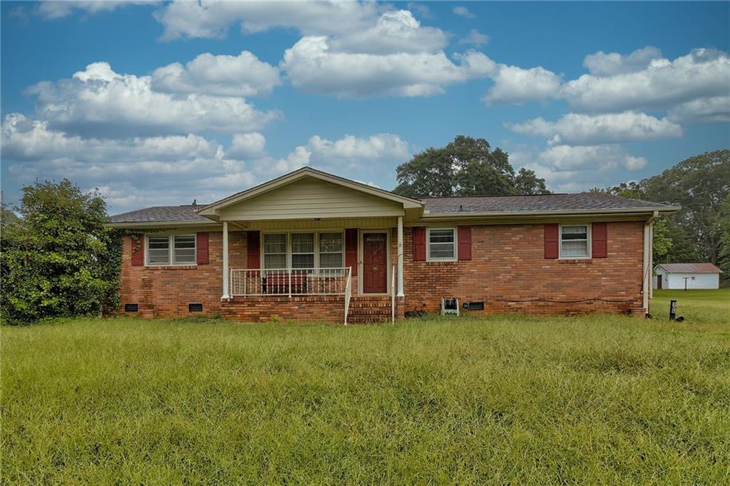 306 Due West Circle Easley, SC 29640