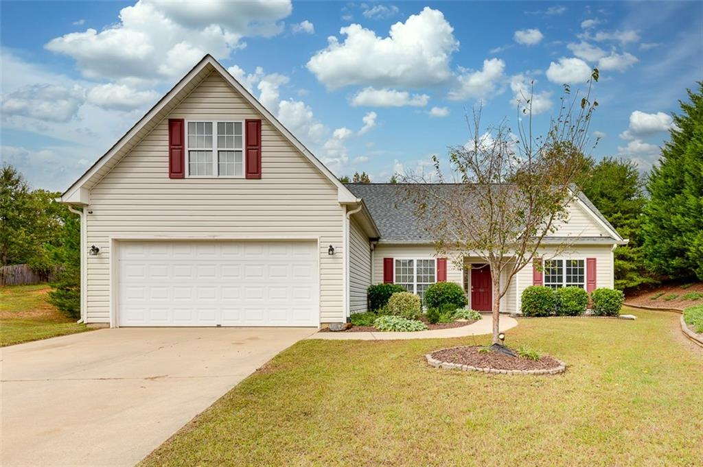 104 Spotted Wing Court Easley, SC 29642