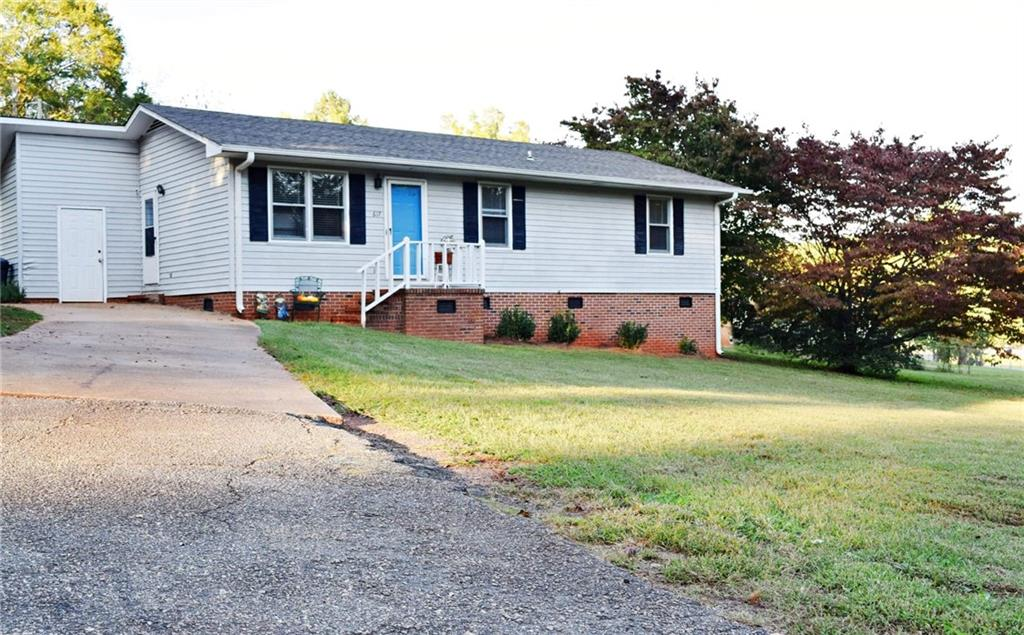 617 Pinedale Road Anderson, SC 29626
