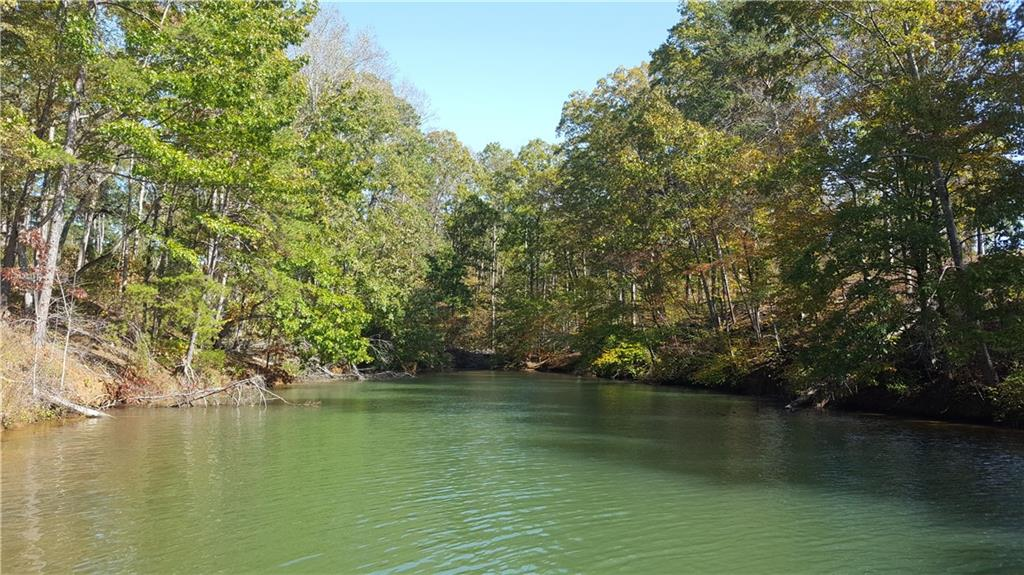 27 Bay Harbor Lane UNIT deed/boat slip 13 Seneca, SC 29672