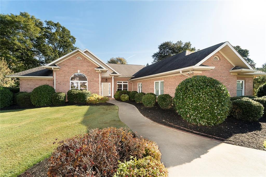 409 Inverness Way Easley, SC 29642