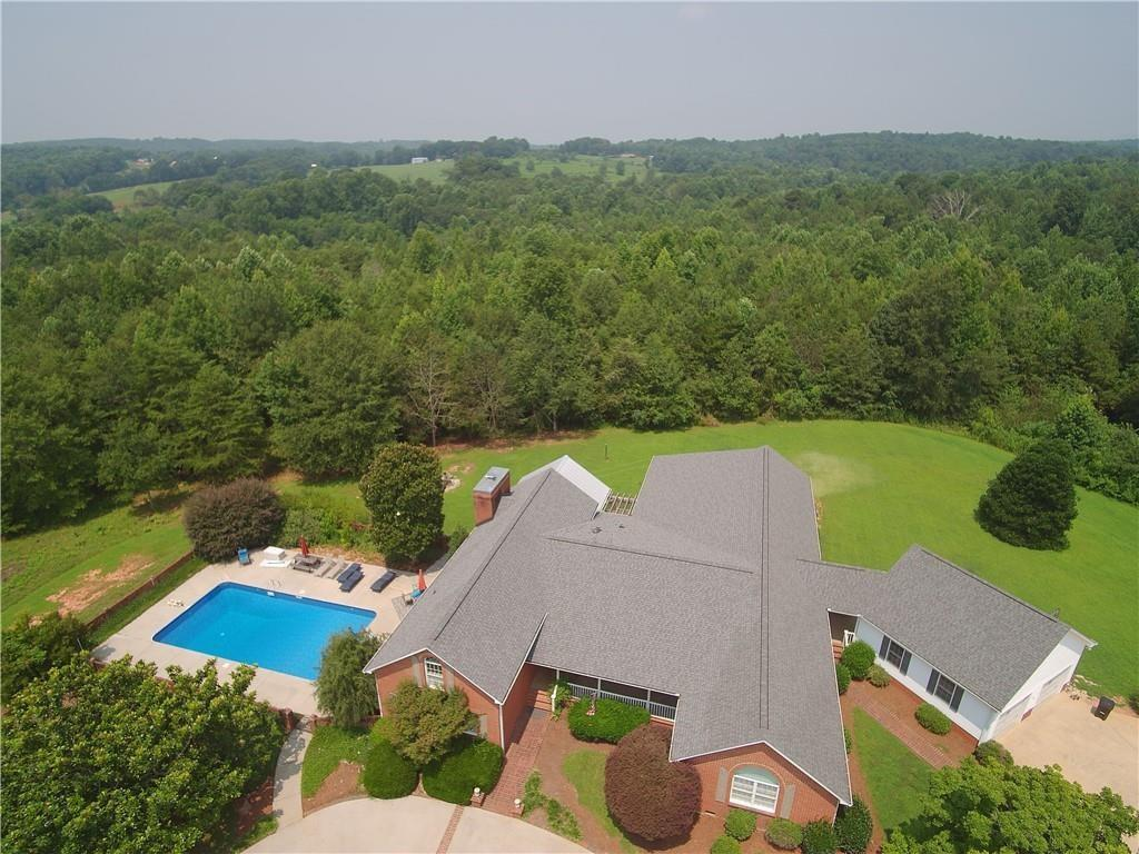 125 Stonewall Drive Westminster, SC 29693