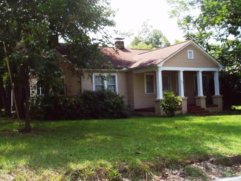 200 Kelly Road Clemson, SC 29631
