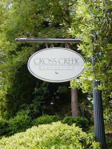 18 Cross Creek Drive Seneca, SC 29678