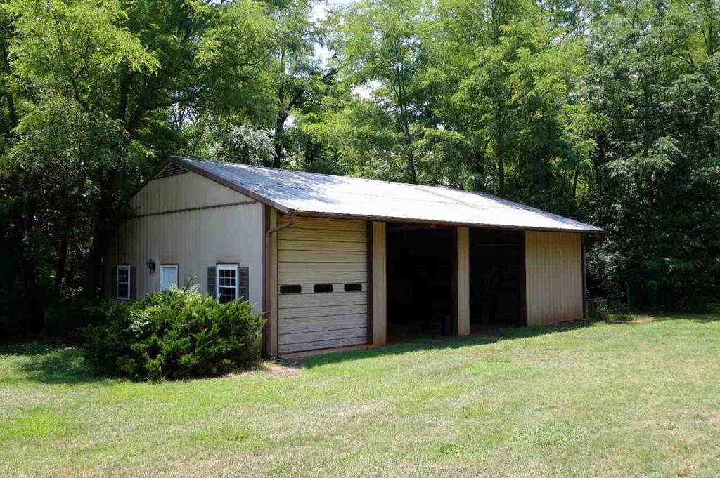181 W Shepherds Way Seneca, SC 29678