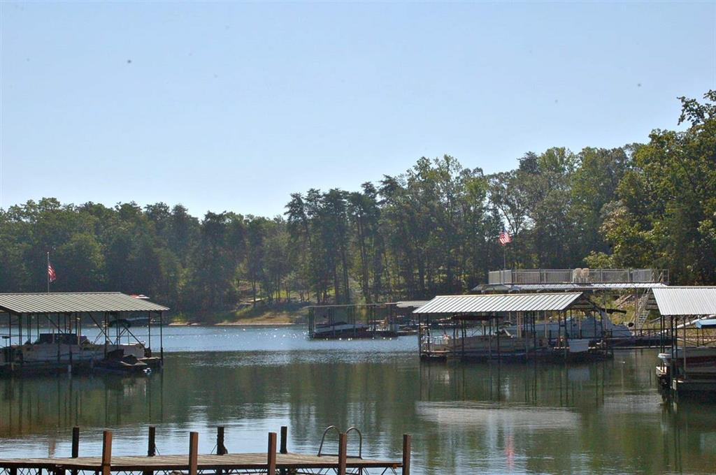 302  Old Andersonville #302 Hartwell, SC 30643