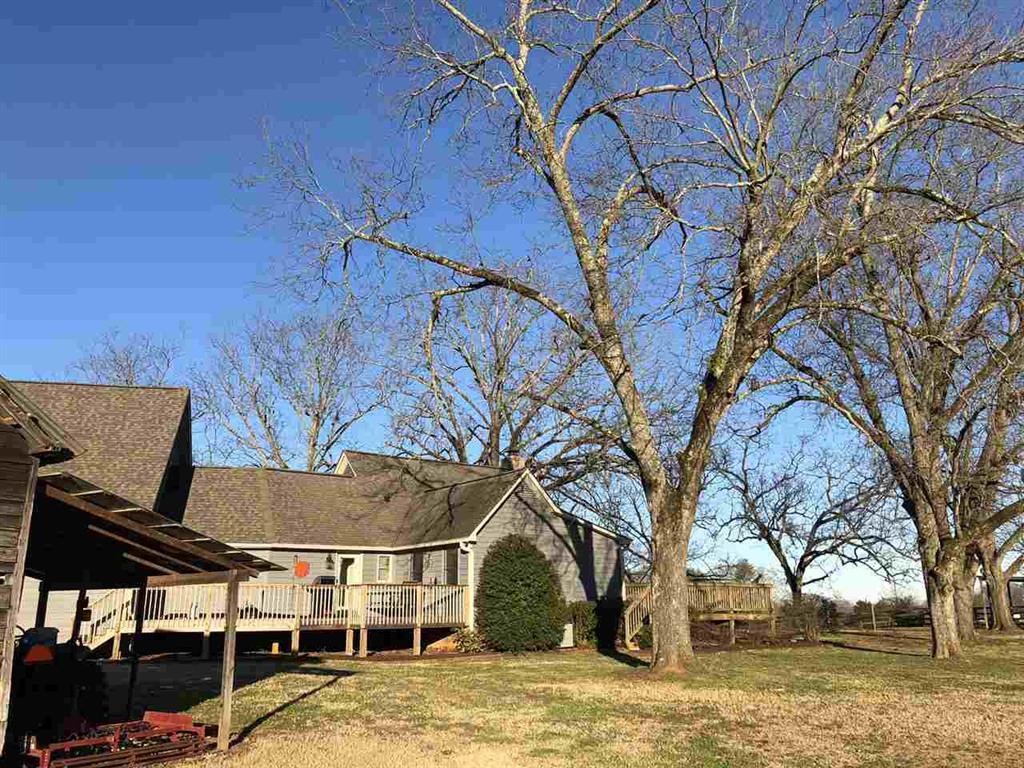 111 N Grant Road Seneca, SC 29678