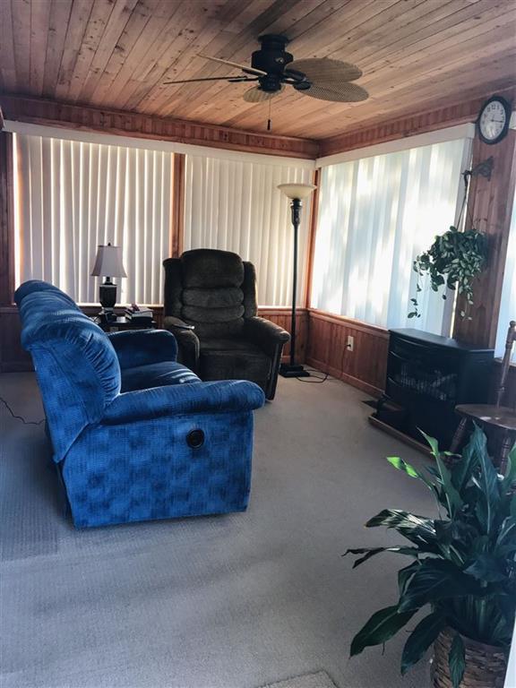 121  Lake Drive Fairplay, SC 29643