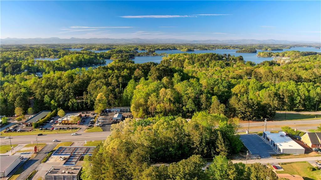 2 Highway UNIT (ADJACENT FROM APPLE Seneca, SC 29678