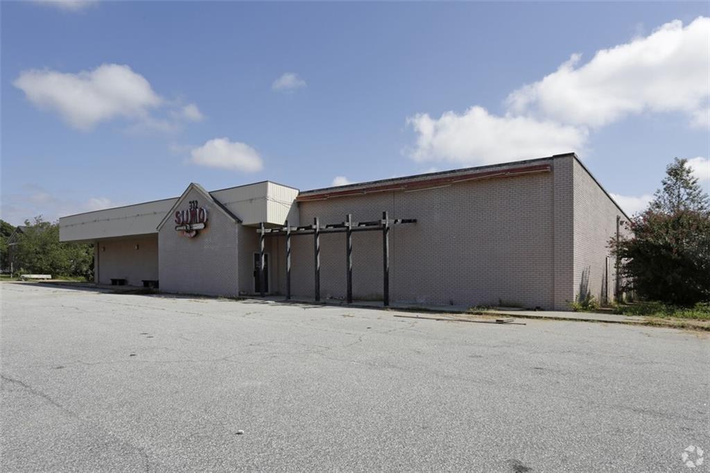 312 Pearman Dairy Road Anderson, SC 29625